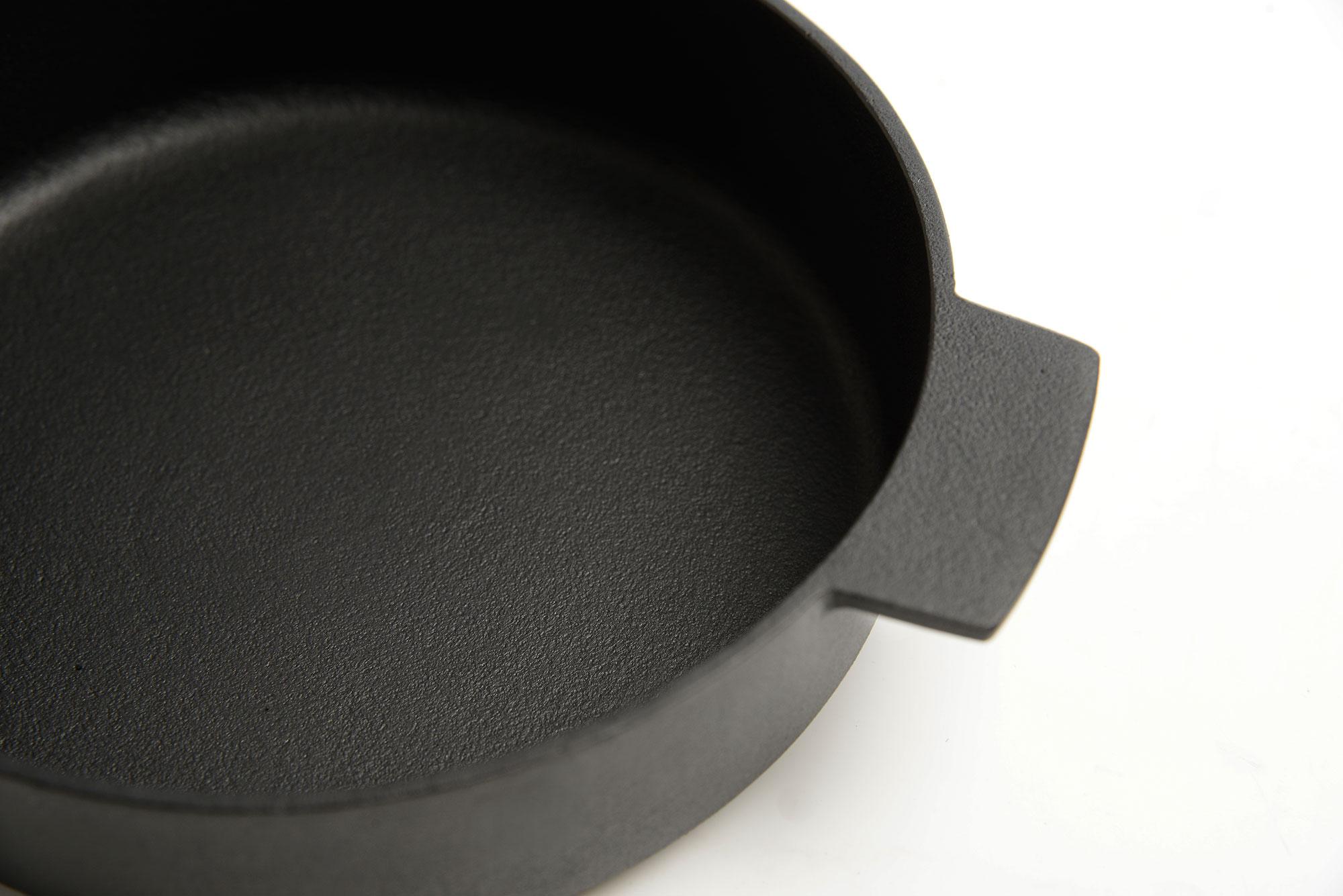 Nambu Tekki Cast Iron Baker Pan, Small-30391