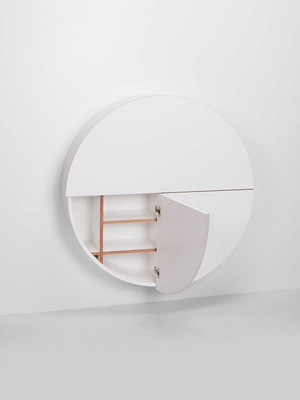 pill wall mounted desk in white gessato. Black Bedroom Furniture Sets. Home Design Ideas