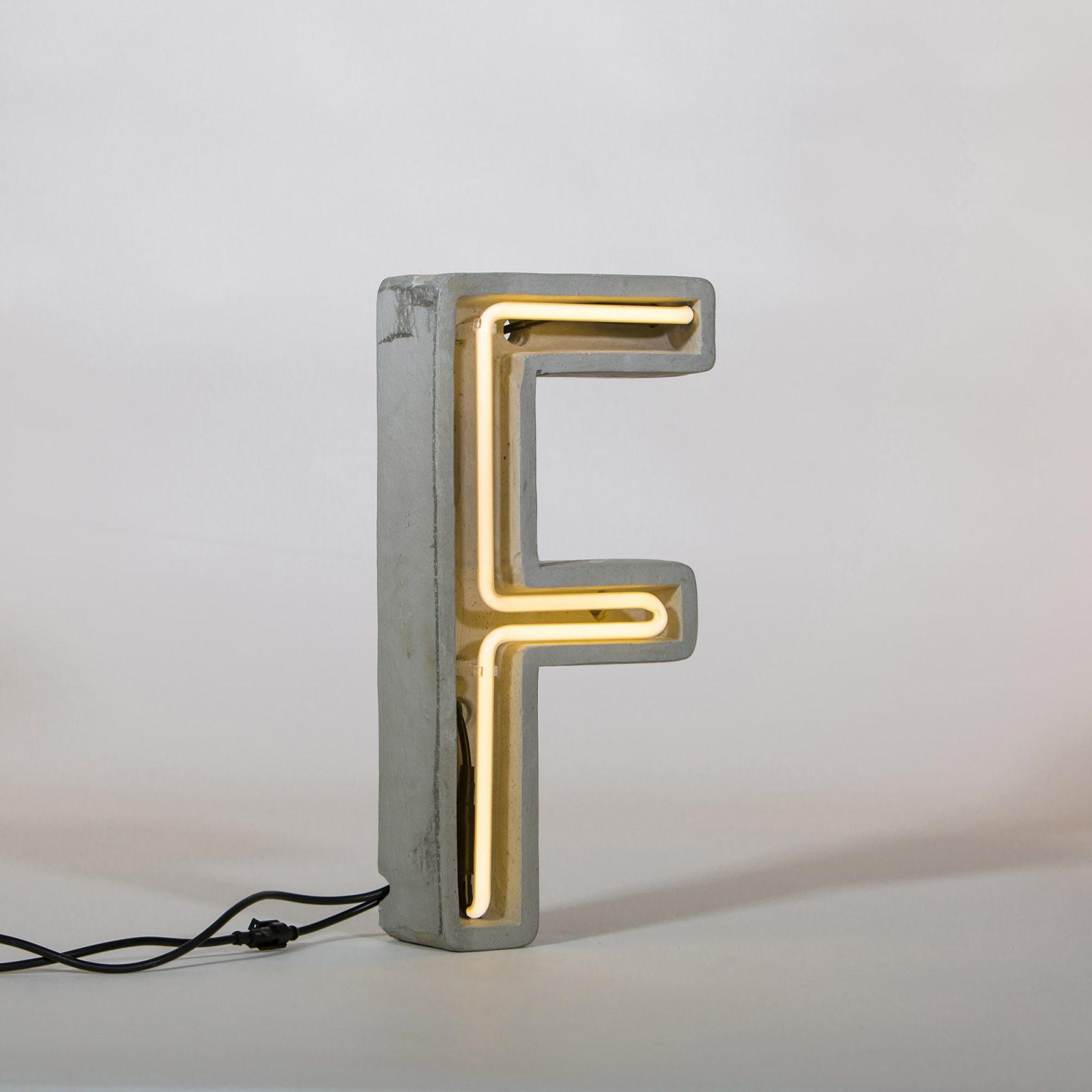 Alphacrete, Concrete Neon Light – F-32177