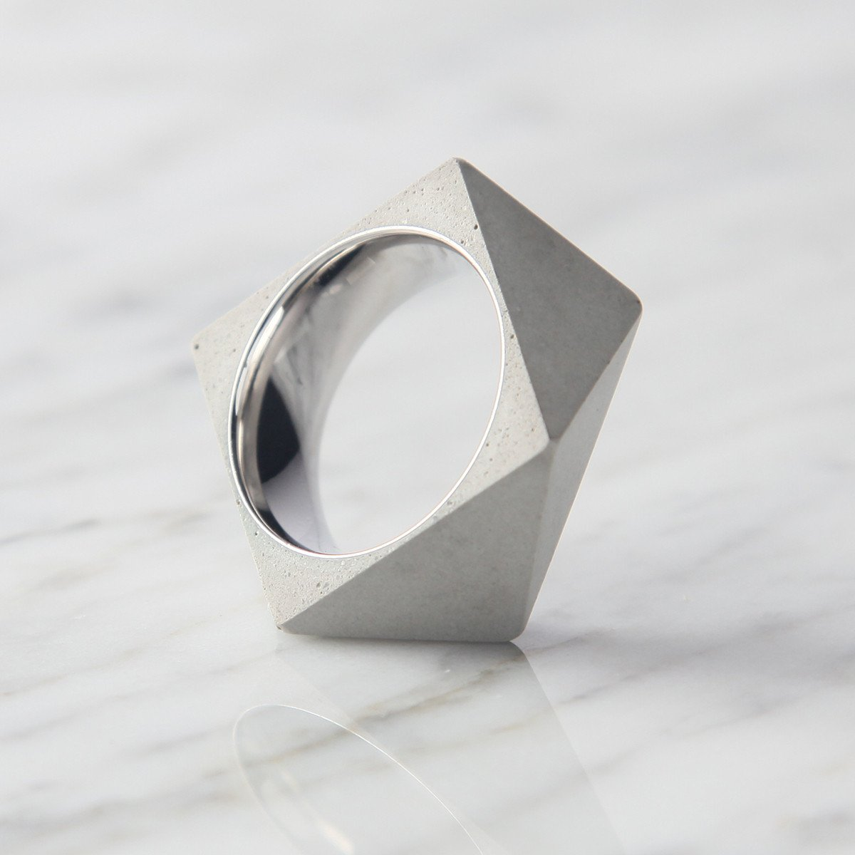 Polygon Concrete Ring -33569