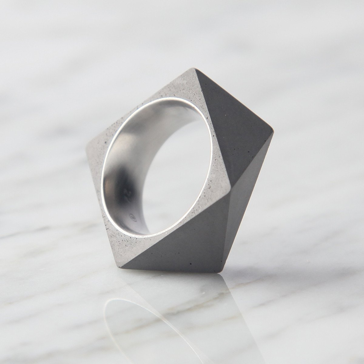 Polygon Concrete Ring -33559