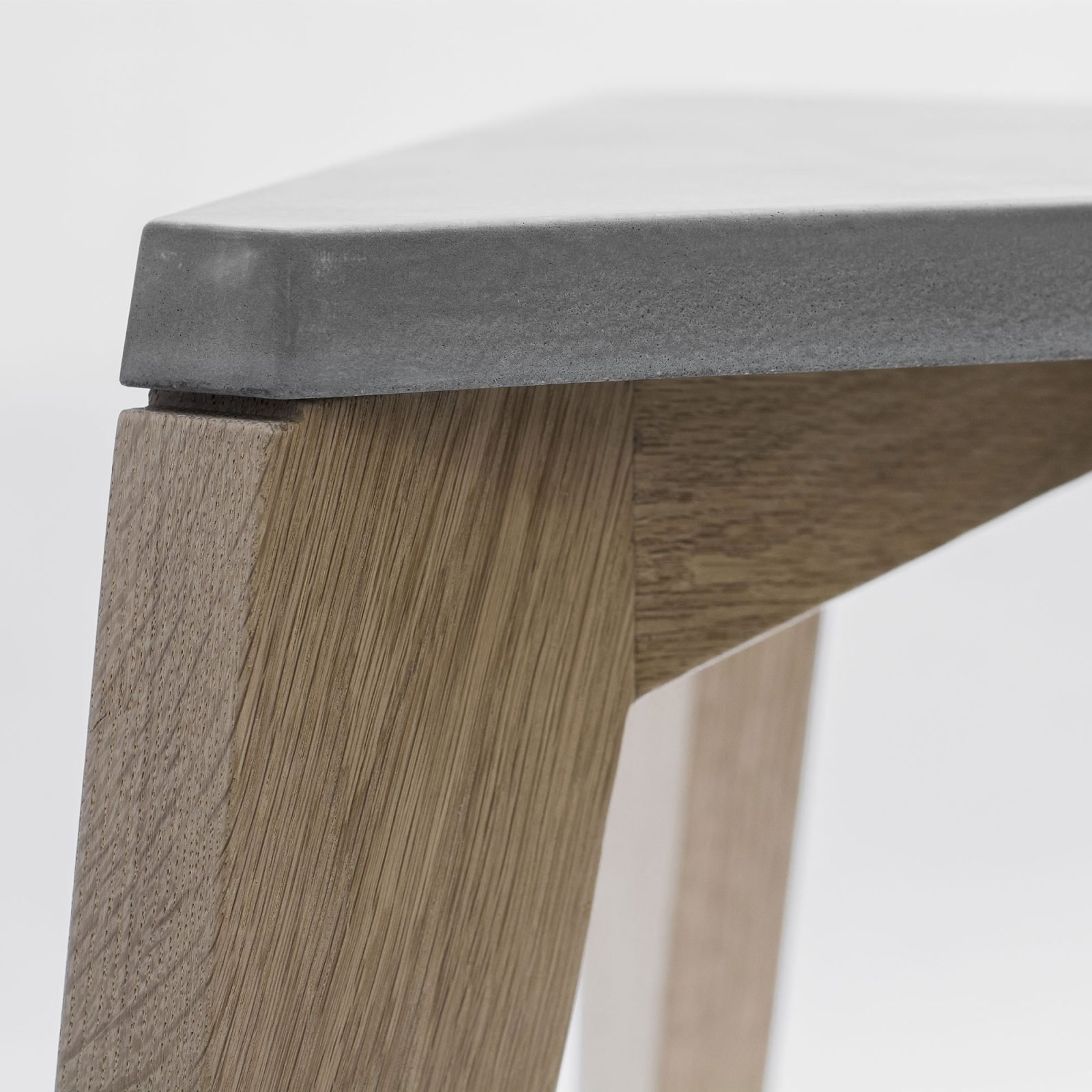 maple-wood-and-concrete-stool-2