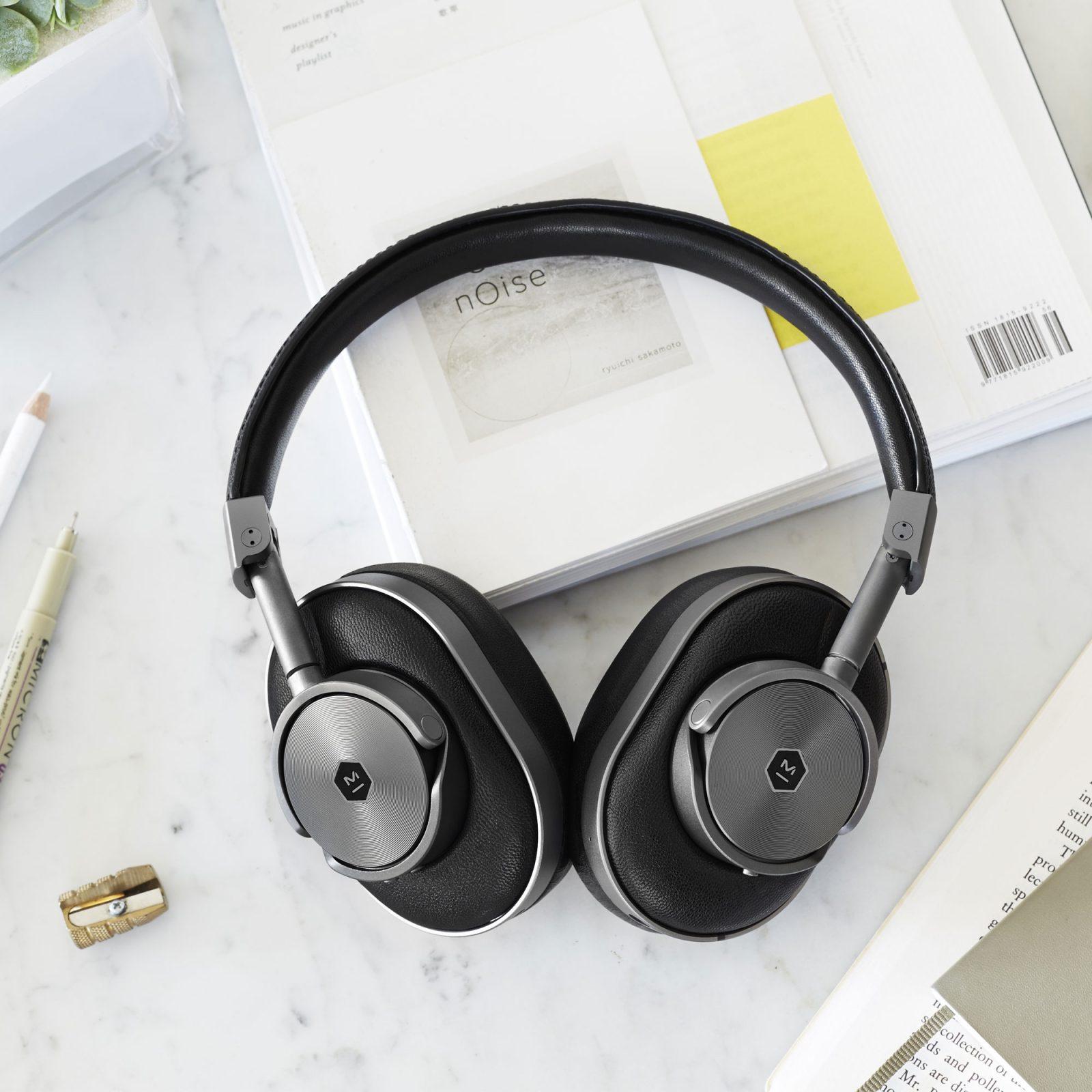 mw60-wireless-over-ear-headphones-gunmetal-10