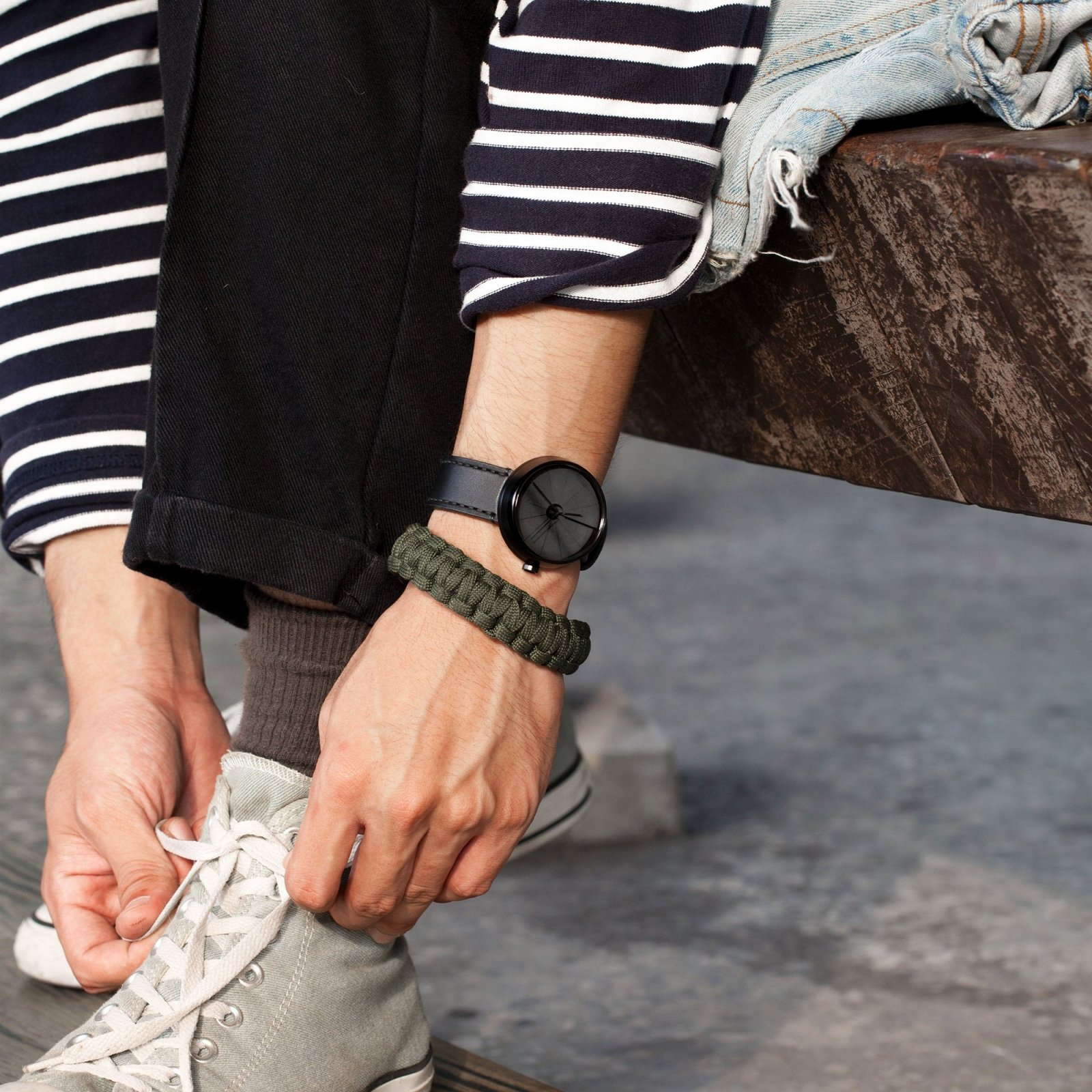4th-dimension-concrete-wrist-watch-shadow-edition-8