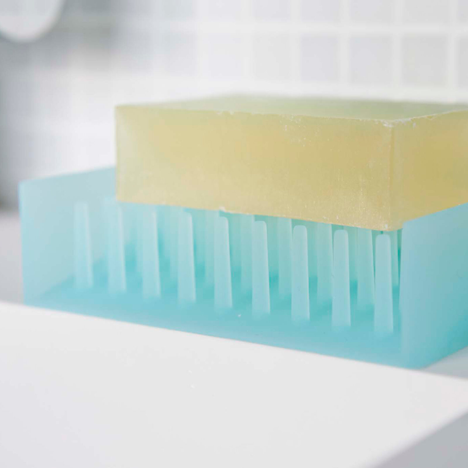 float-self-draining-soap-tray-blue-3