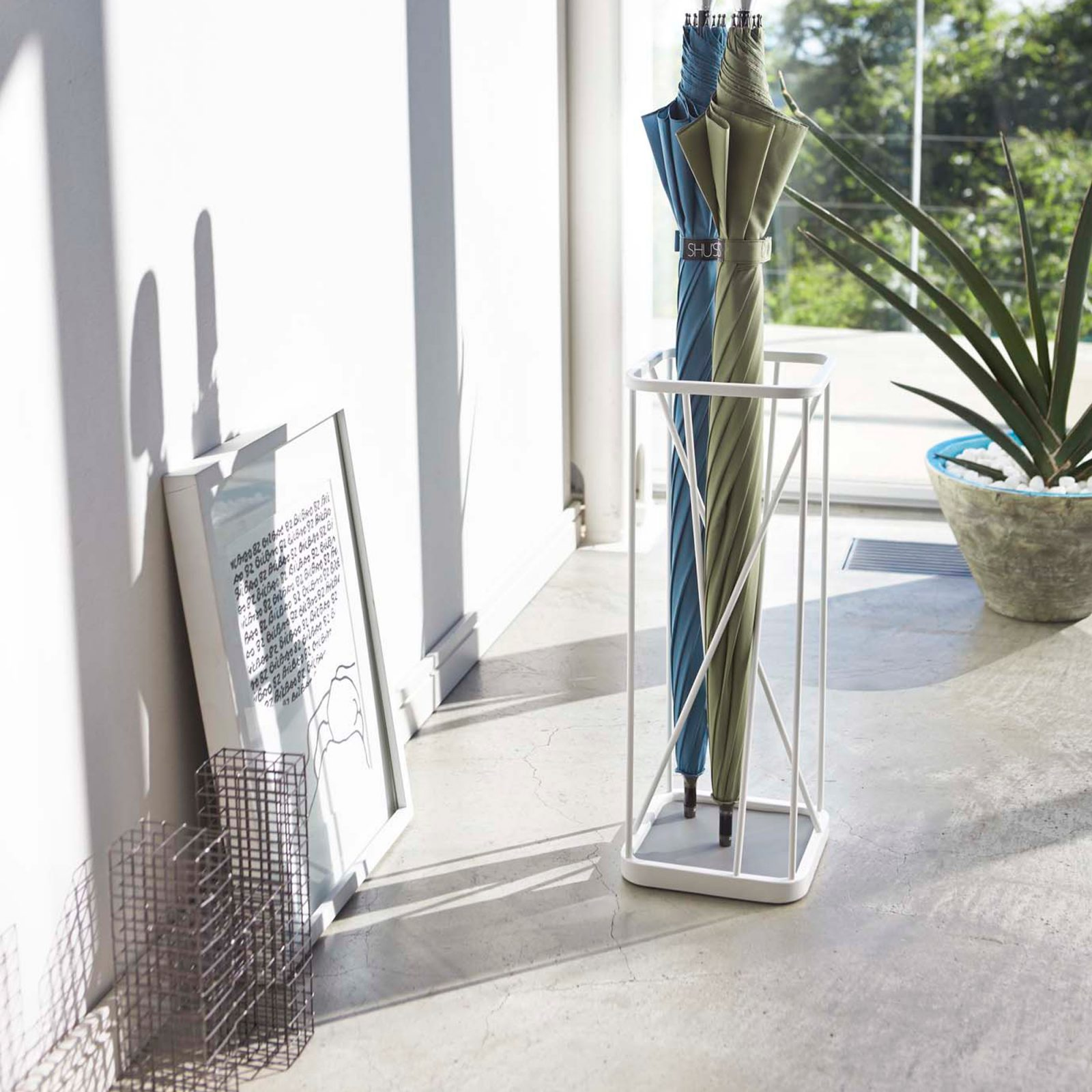 nine-square-umbrella-stand-white-1