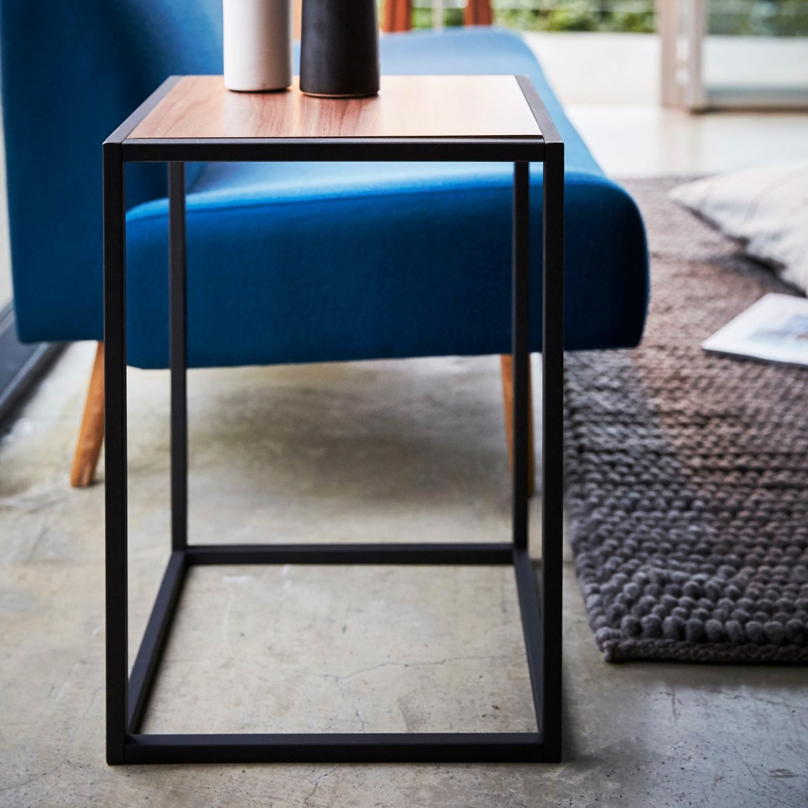 tower-square-coffee-table-black-4