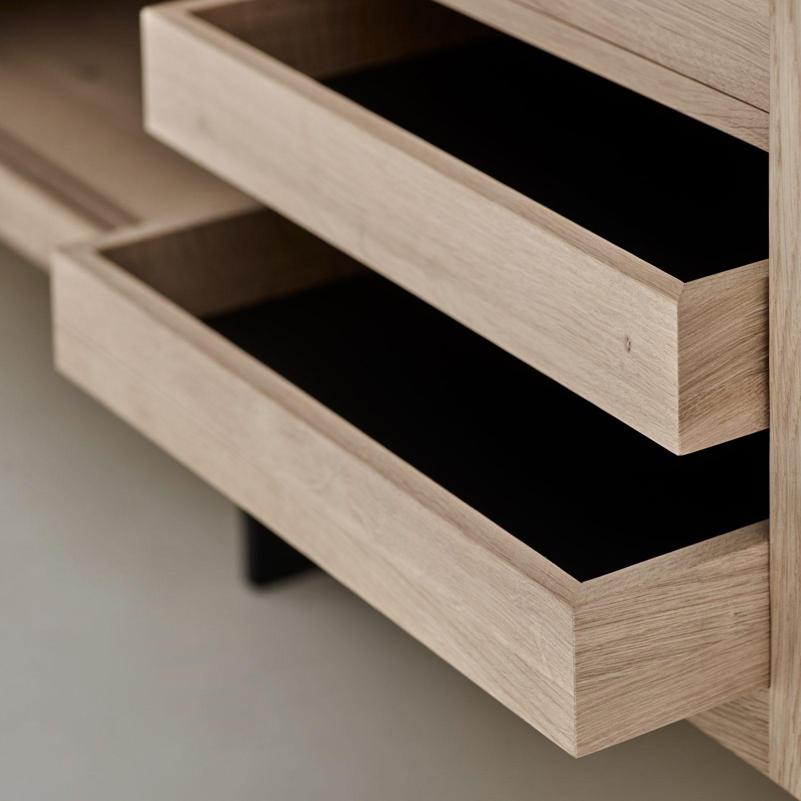 grand-sideboard-4
