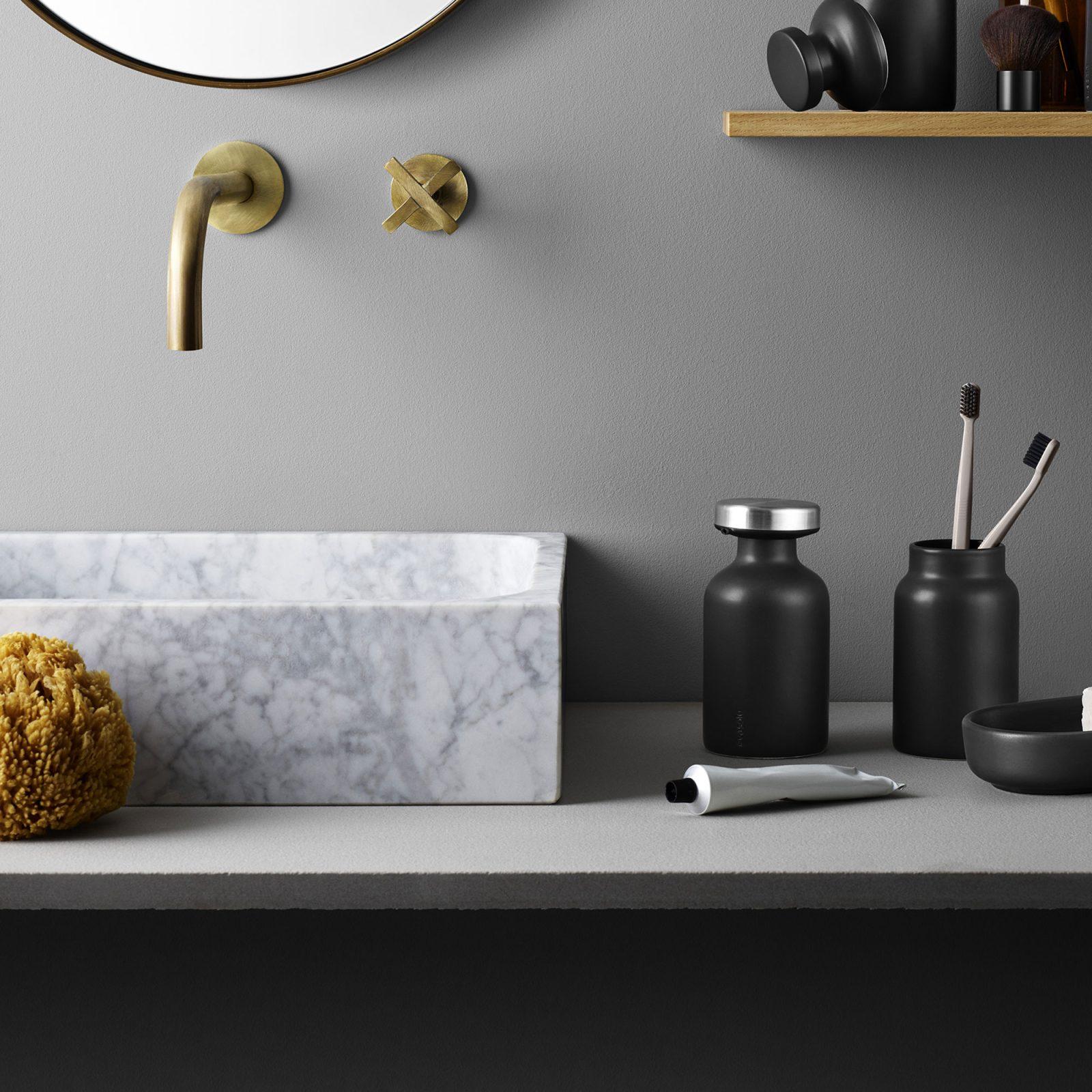 soap-dispenser-4